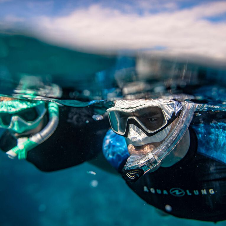 Versa Snorkeling mask, Turquoise/White/Lenses clear, hi-res image number 4